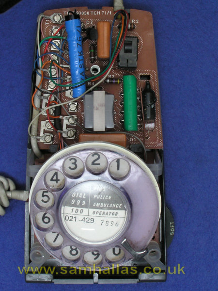 let s take a telephone to bits the trimphone case fixing screw top view of interior