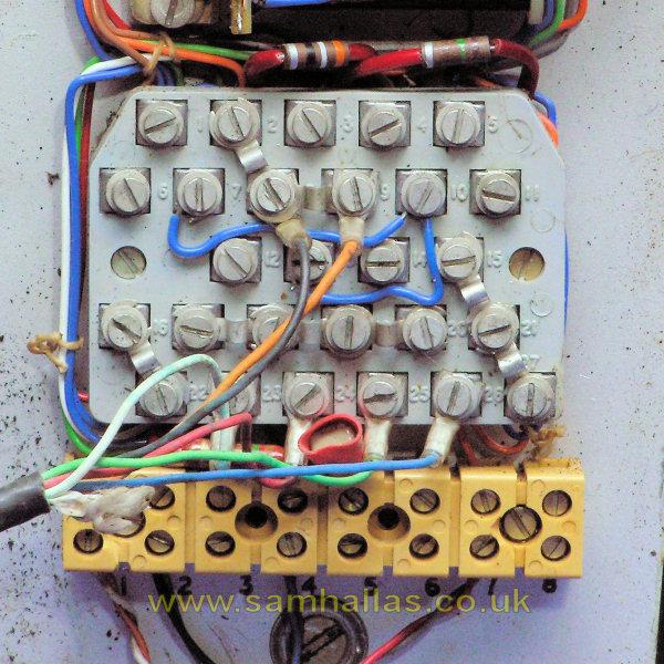the post hixon level crossing telephone instrument rh samhallas co uk telephone wire wrap terminal blocks Marine Fuse Block Wiring Diagram